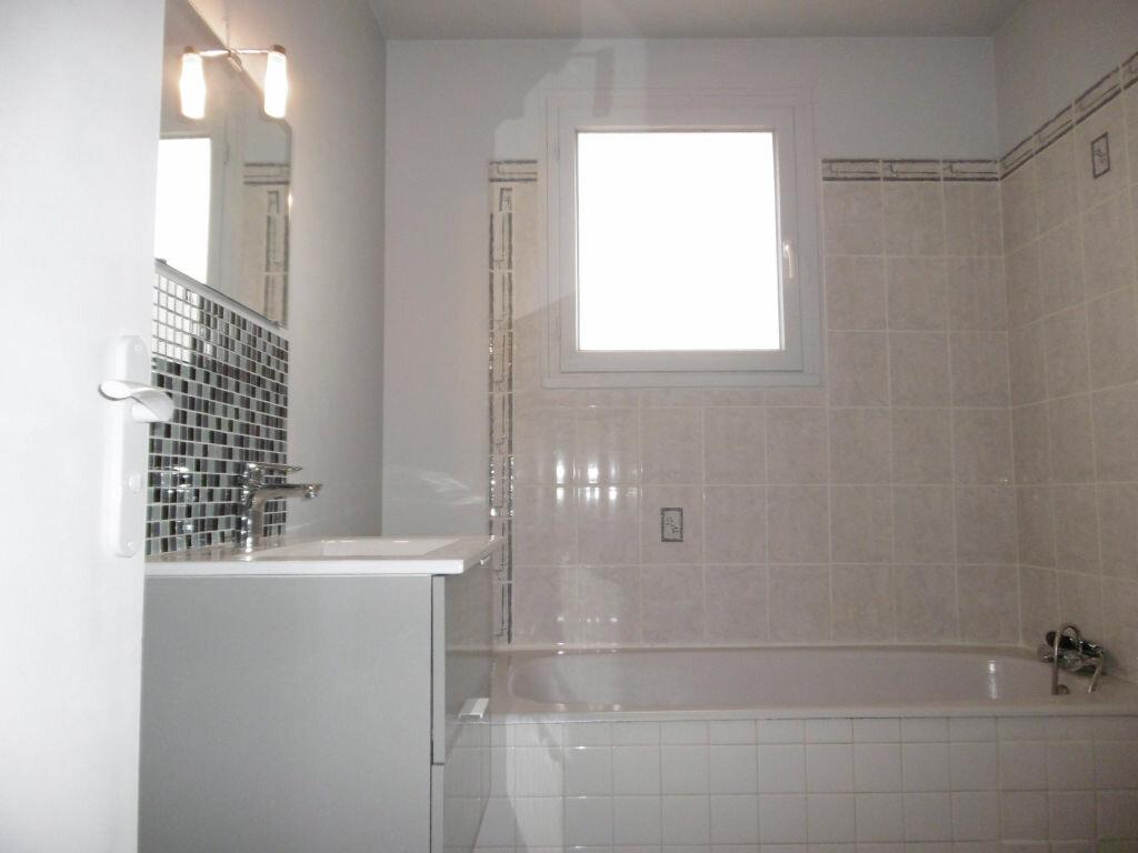 Appartement à louer 1 30m2 à Limoges vignette-4