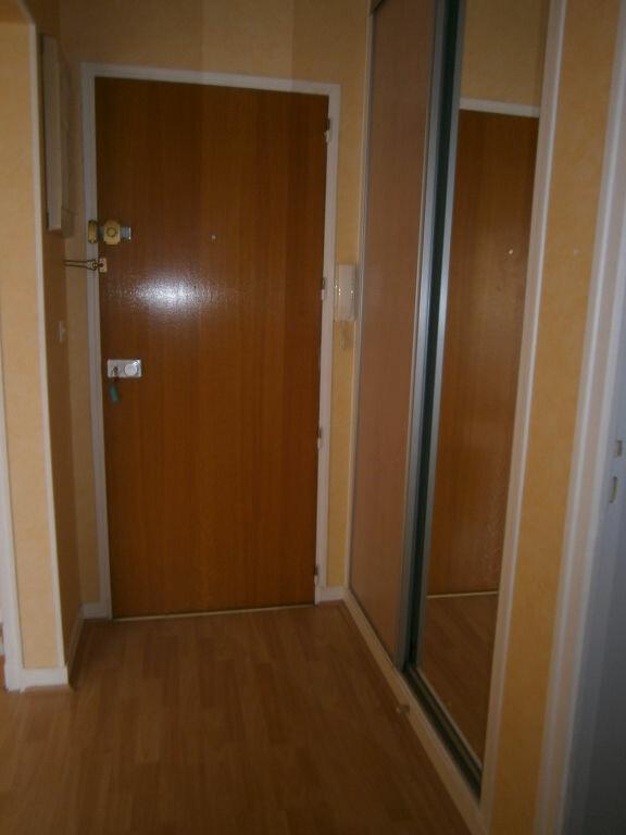 Appartement à louer 1 25.64m2 à Limoges vignette-5