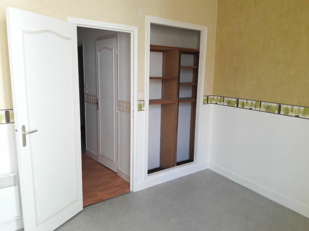 Appartement à louer 3 66.2m2 à Limoges vignette-3