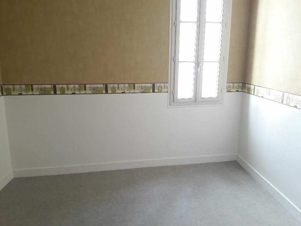 Appartement à louer 3 66.2m2 à Limoges vignette-5