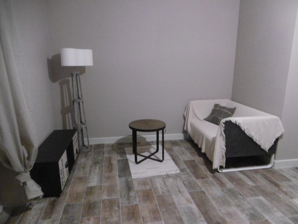 Appartement à louer 2 30.95m2 à Limoges vignette-3