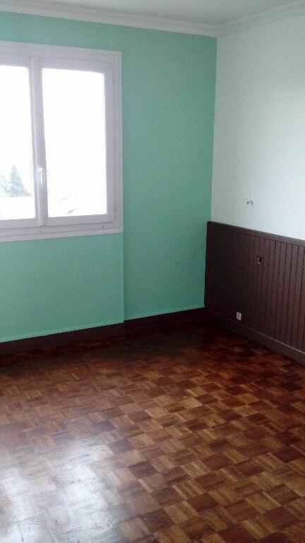 Appartement à louer 4 75.7m2 à Limoges vignette-3