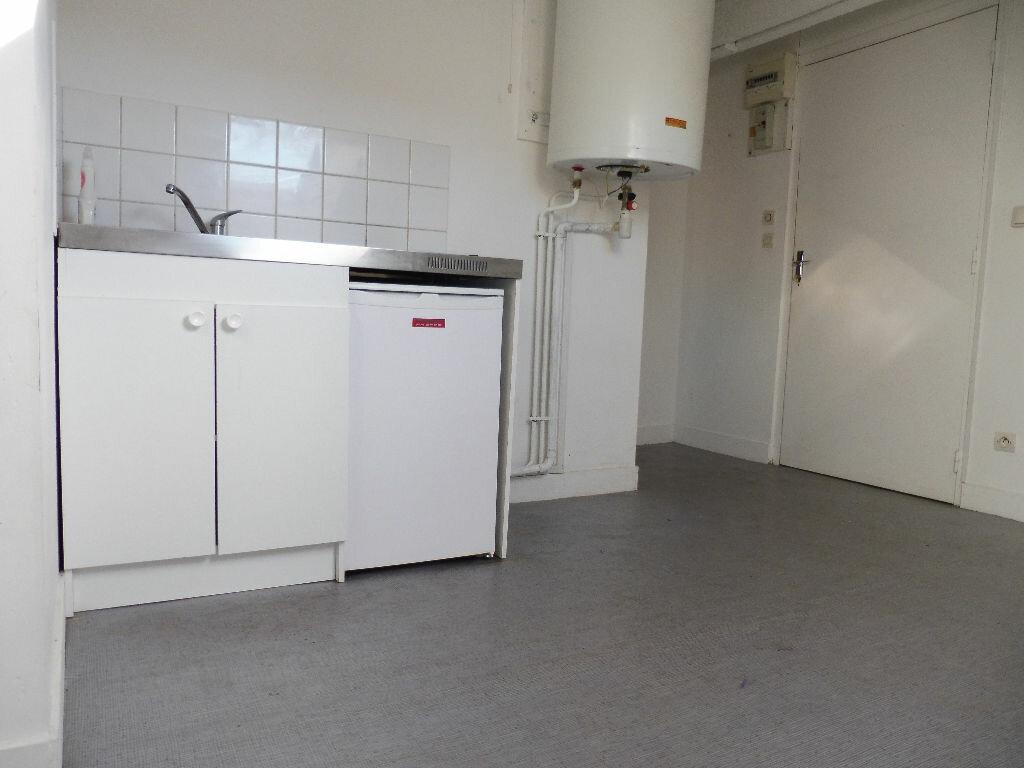 Appartement à louer 1 15m2 à Limoges vignette-4