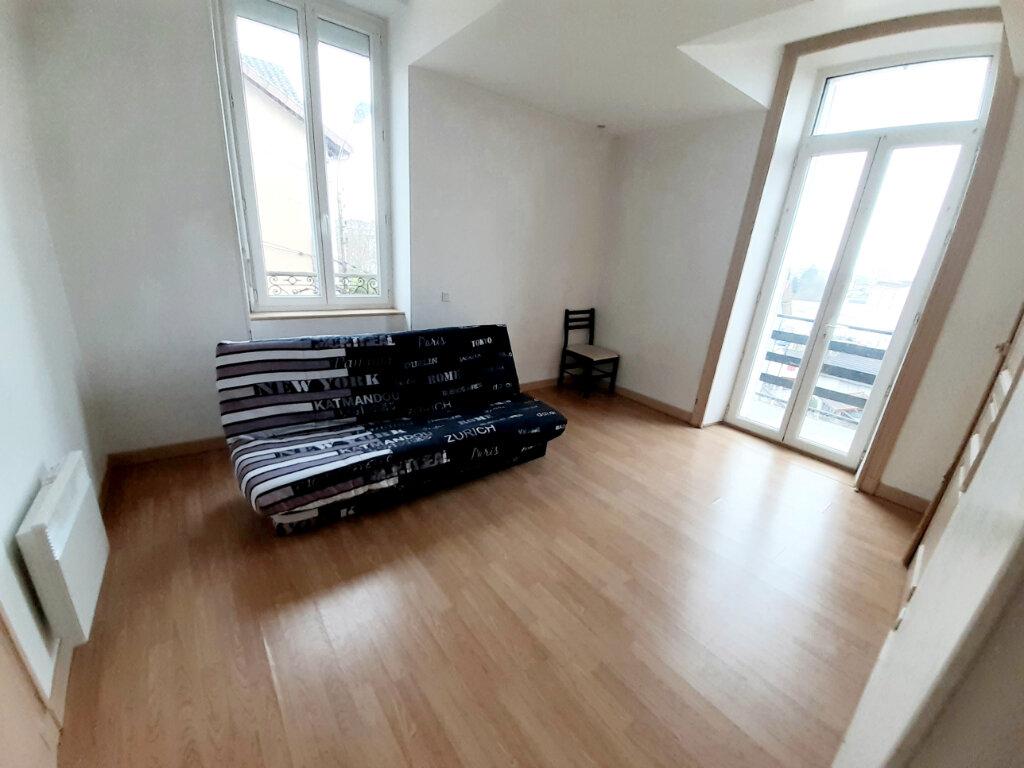Appartement à louer 1 31m2 à Limoges vignette-2