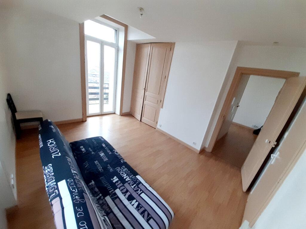 Appartement à louer 1 31m2 à Limoges vignette-6