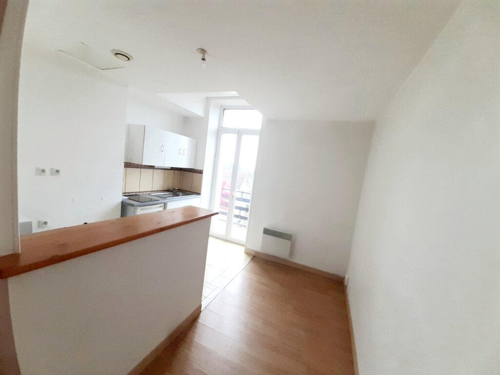 Appartement à louer 1 31m2 à Limoges vignette-10