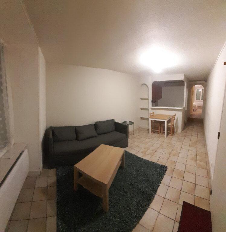 Appartement à louer 1 33m2 à Aixe-sur-Vienne vignette-2