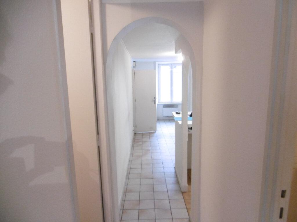 Appartement à louer 1 33m2 à Aixe-sur-Vienne vignette-7
