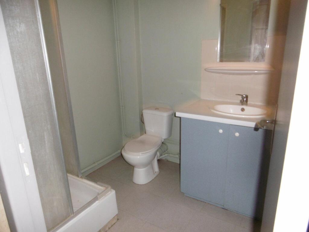 Appartement à louer 1 19m2 à Limoges vignette-5