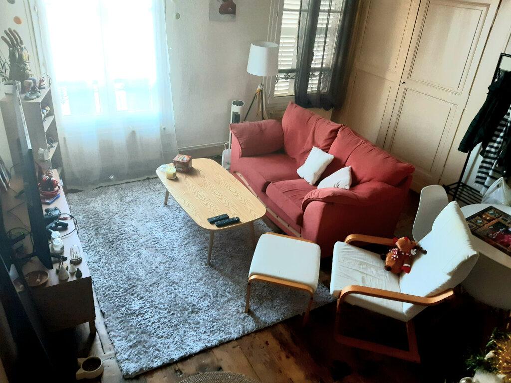 Appartement à louer 3 50.7m2 à Limoges vignette-3