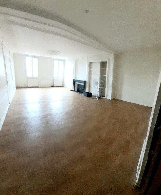 Appartement à louer 4 102m2 à Limoges vignette-1