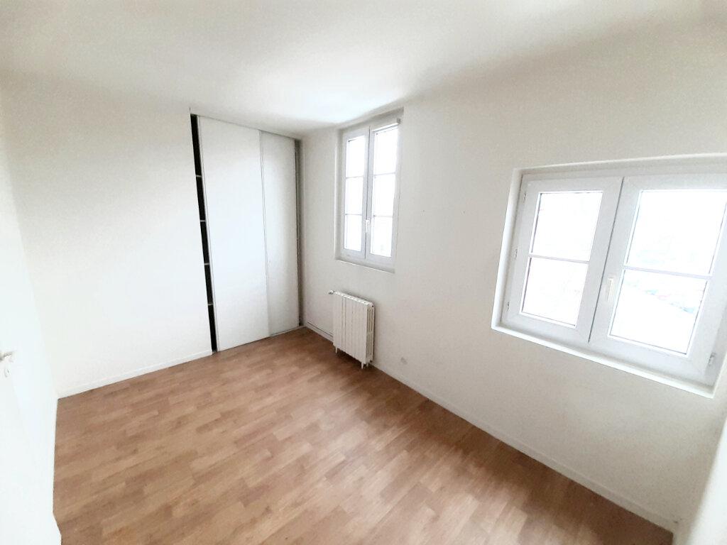 Appartement à louer 4 102m2 à Limoges vignette-8
