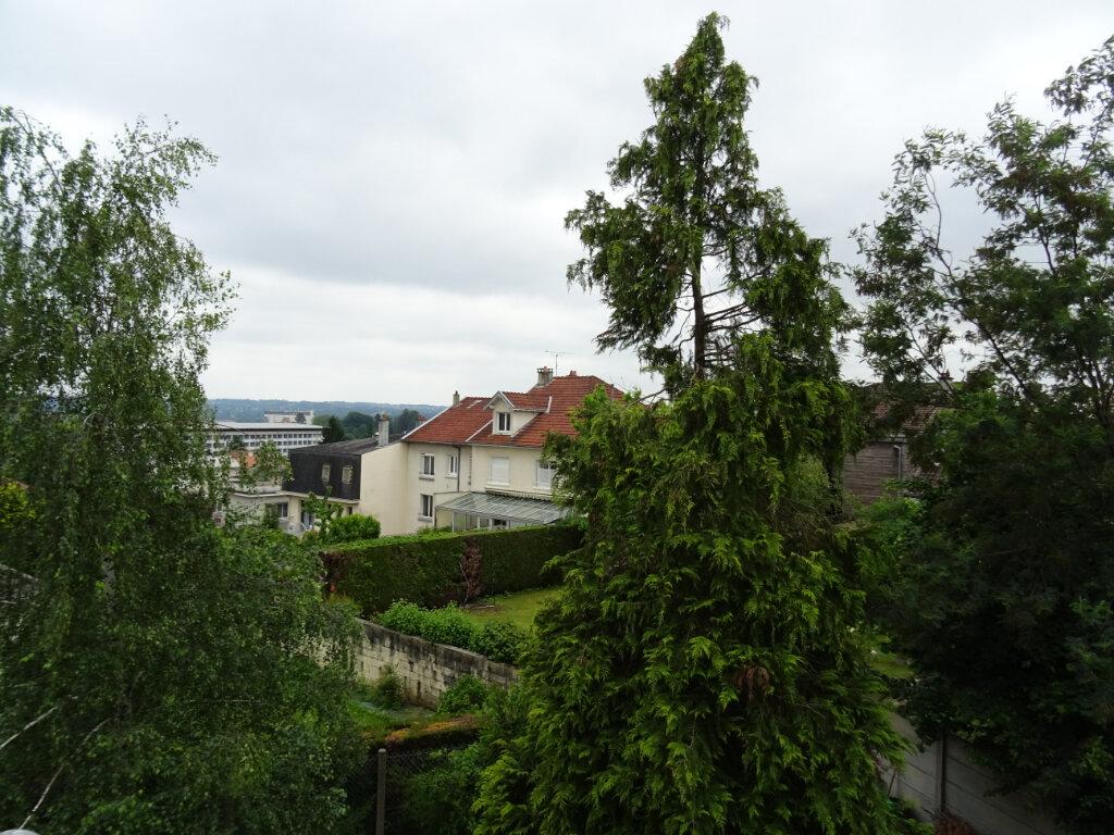 Appartement à vendre 3 69.79m2 à Limoges vignette-3