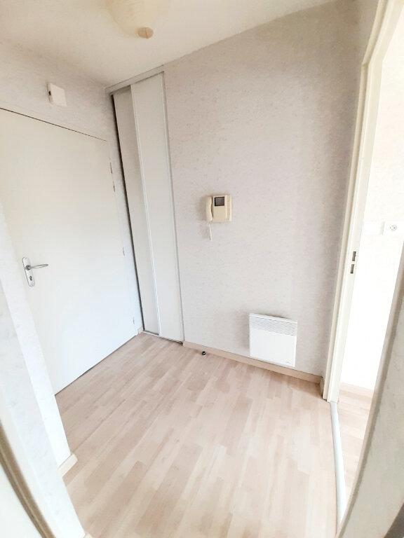 Appartement à louer 2 48.4m2 à Limoges vignette-6