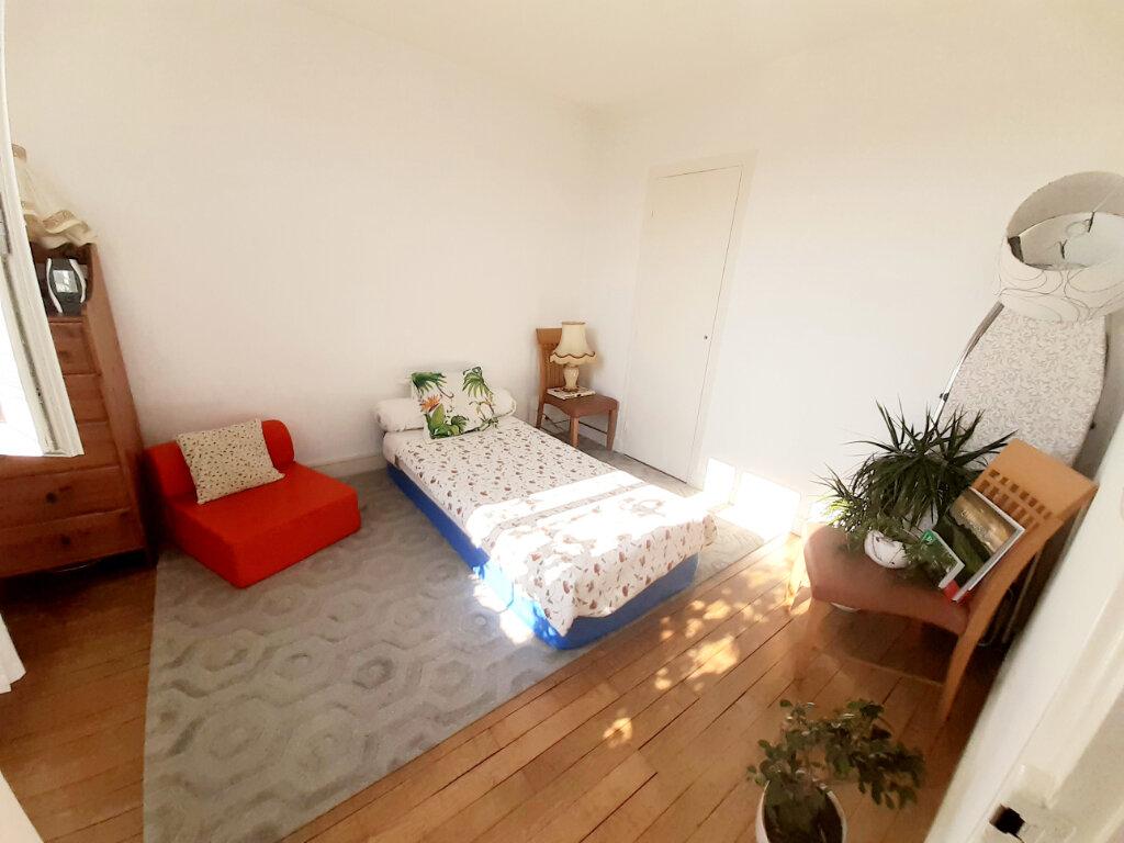Appartement à louer 3 55m2 à Limoges vignette-7