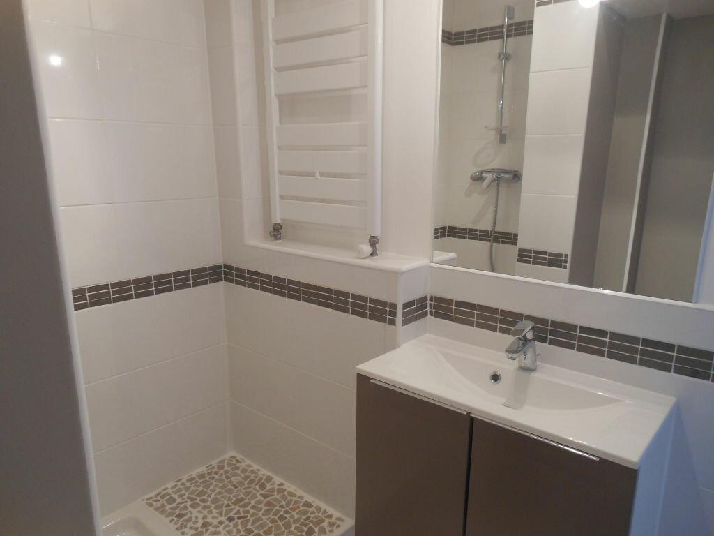 Appartement à louer 2 41m2 à Limoges vignette-6