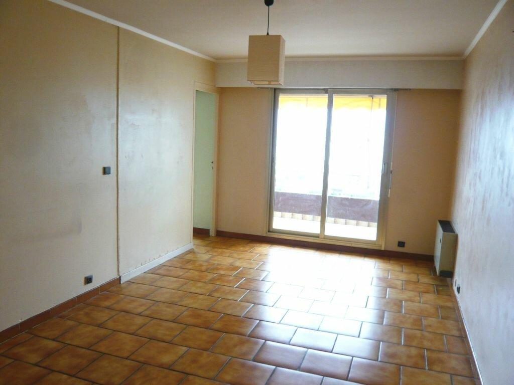 Appartement à louer 2 39.48m2 à Nice vignette-3