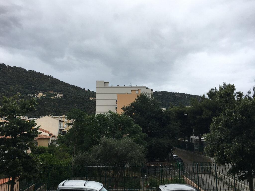 Appartement à louer 2 43.17m2 à Nice vignette-2