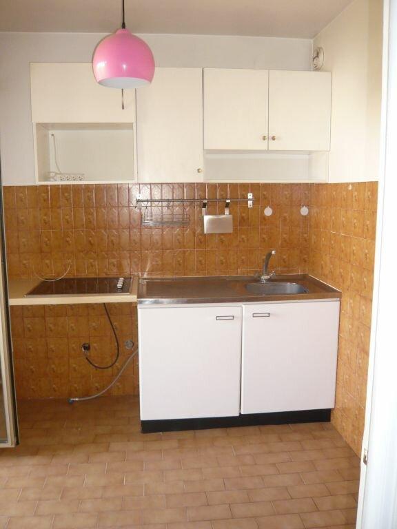 Appartement à louer 1 32.79m2 à Nice vignette-4