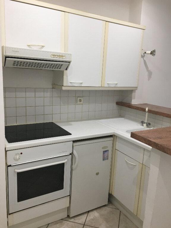 Appartement à louer 2 38.12m2 à Nice vignette-3