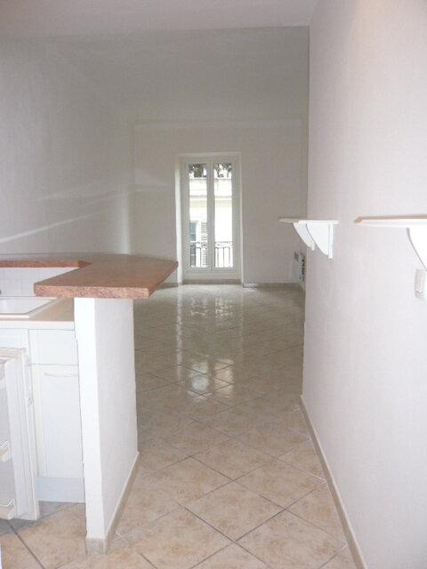 Appartement à louer 2 38.12m2 à Nice vignette-4