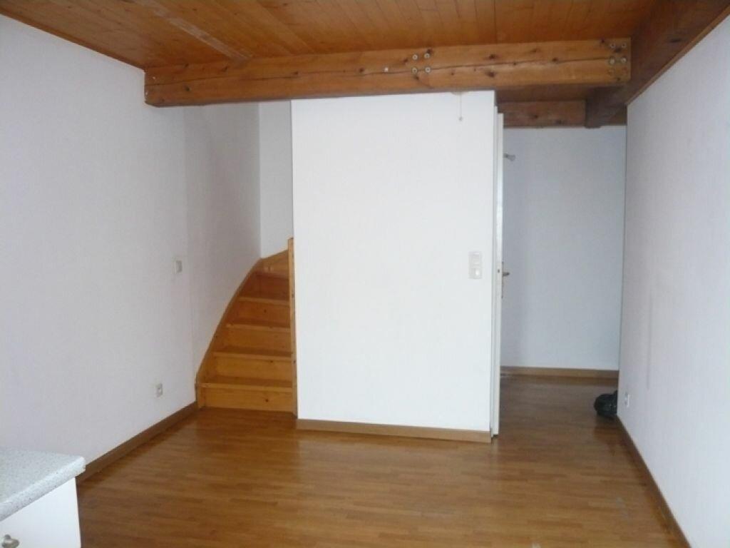 Appartement à louer 2 29.55m2 à Nice vignette-2