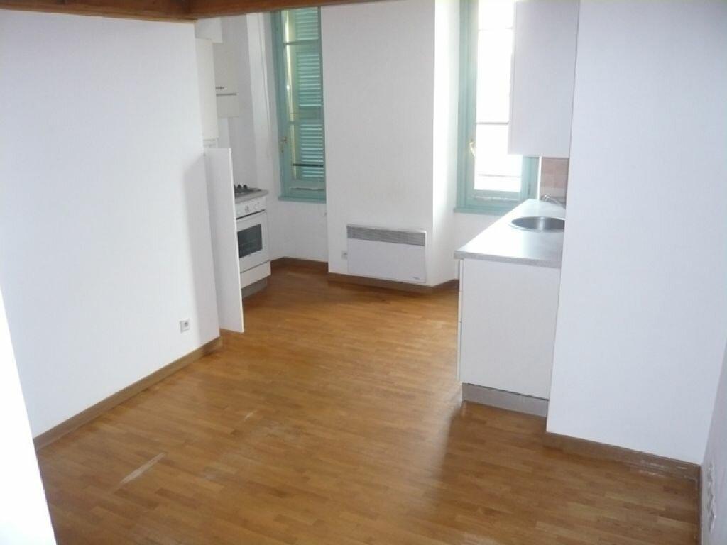 Appartement à louer 2 29.55m2 à Nice vignette-4