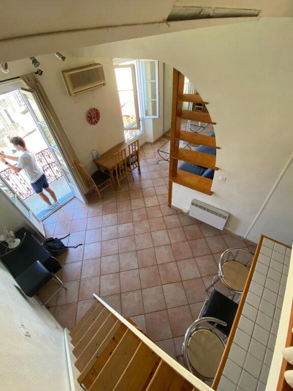Appartement à louer 1 29.95m2 à Nice vignette-3