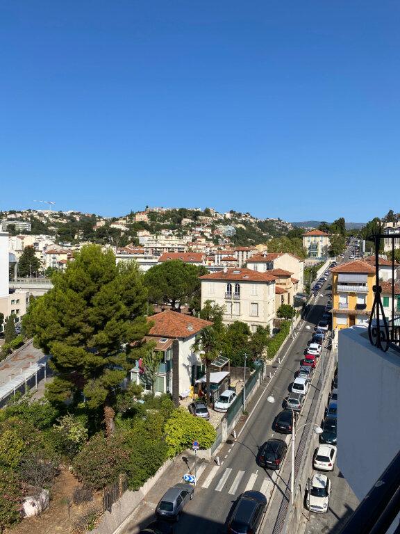 Appartement à louer 2 41.13m2 à Nice vignette-1