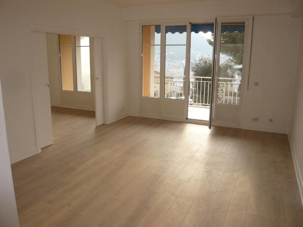 Appartement à louer 4 85.07m2 à Nice vignette-4