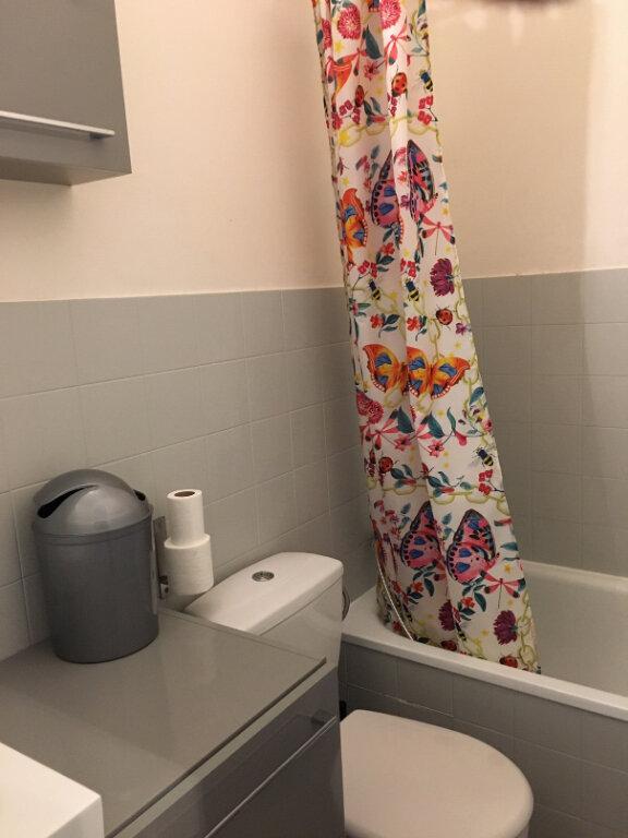 Appartement à louer 1 17.28m2 à Nice vignette-5