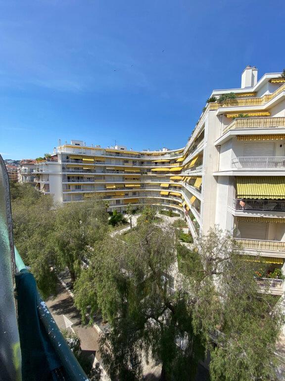 Appartement à louer 2 39.38m2 à Nice vignette-2