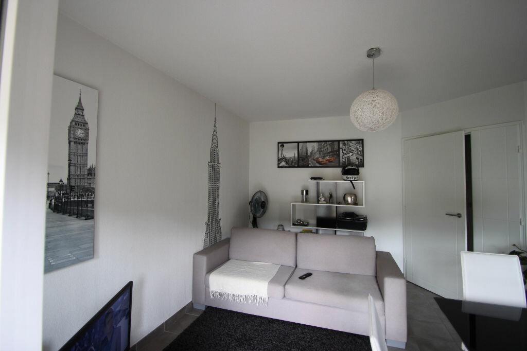 Appartement à louer 2 42.9m2 à Pégomas vignette-1