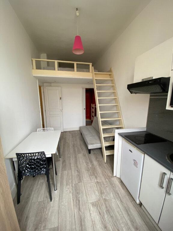 Appartement à louer 1 12.73m2 à Nice vignette-2
