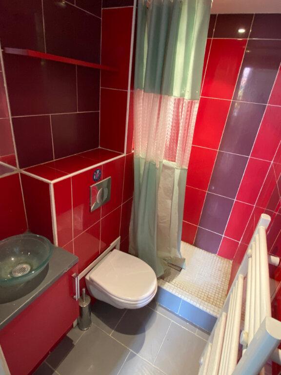 Appartement à louer 1 12.73m2 à Nice vignette-4