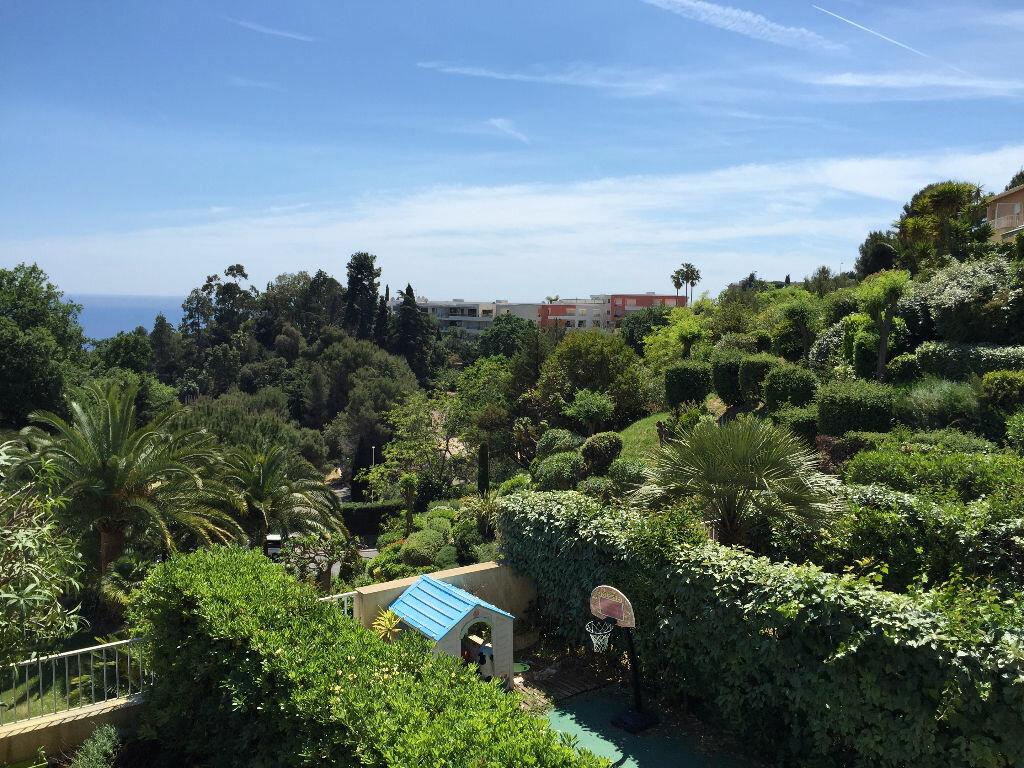 Maison à louer 3 75.05m2 à Nice vignette-2