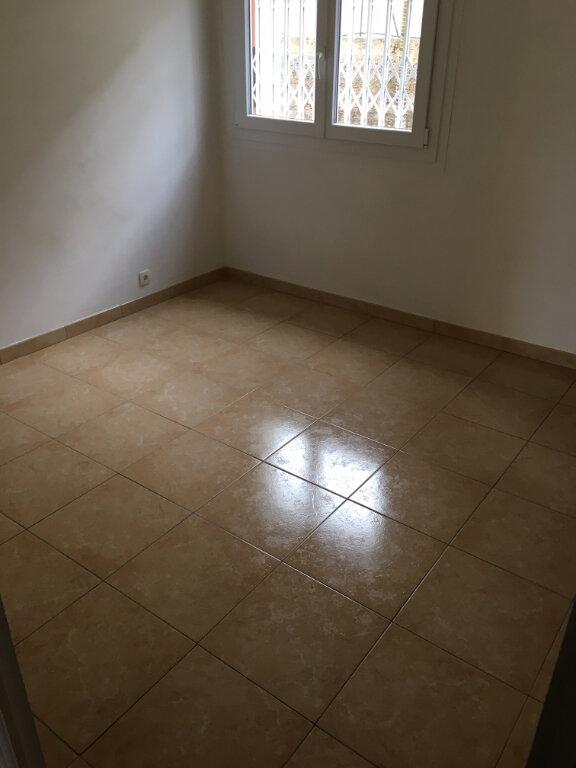 Appartement à louer 4 79m2 à Villefranche-sur-Mer vignette-4