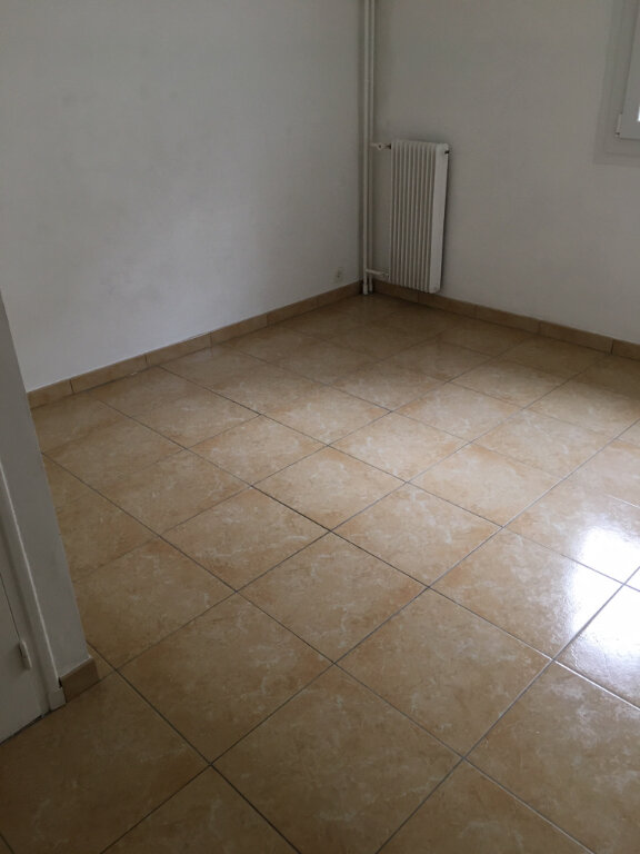 Appartement à louer 4 79m2 à Villefranche-sur-Mer vignette-5