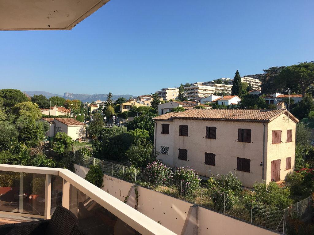 Appartement à louer 1 25.84m2 à Nice vignette-2