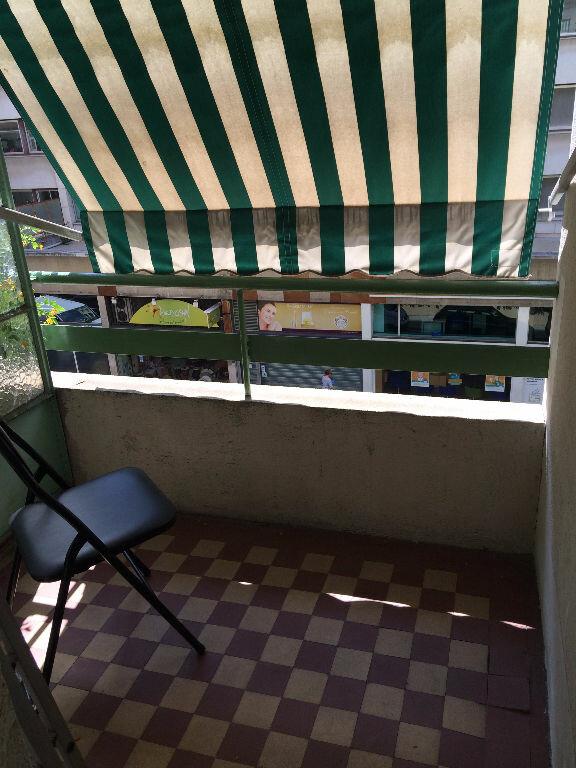 Appartement à louer 1 33.4m2 à Nice vignette-2
