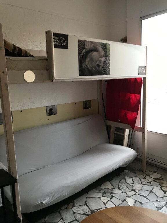 Appartement à louer 1 13.59m2 à Nice vignette-5