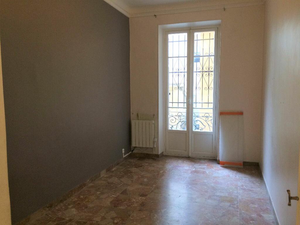 Appartement à louer 3 61.09m2 à Nice vignette-6