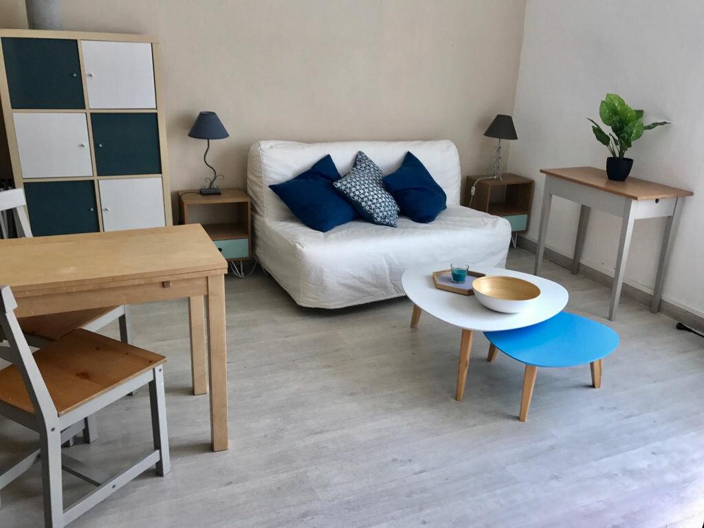 Appartement à louer 1 20.1m2 à Nice vignette-1