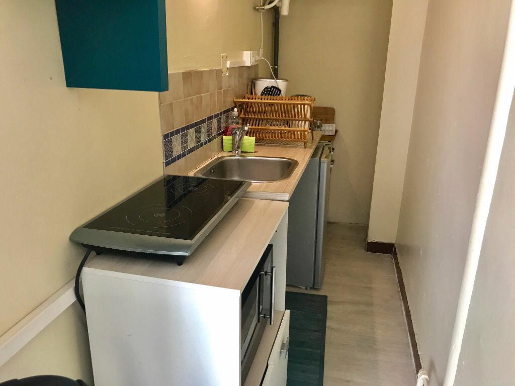 Appartement à louer 1 20.1m2 à Nice vignette-2