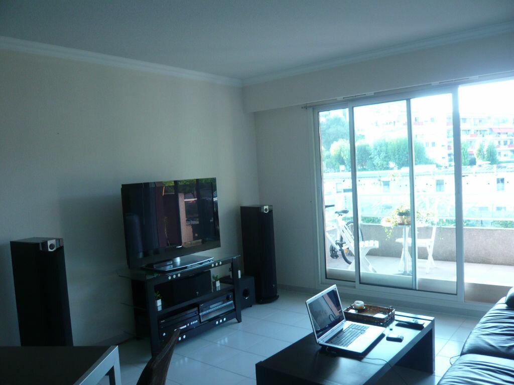 Appartement à louer 2 43.2m2 à Cagnes-sur-Mer vignette-5