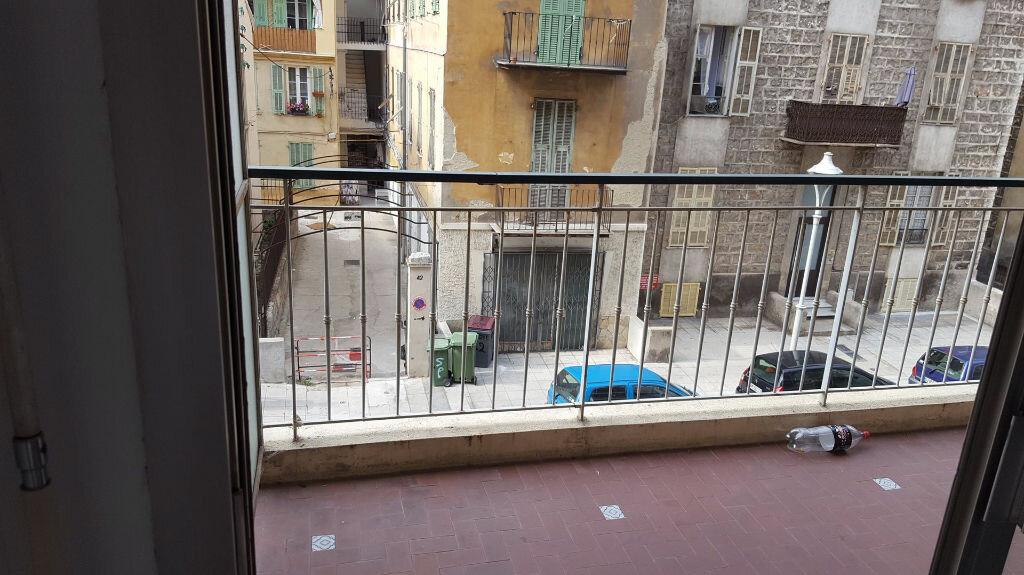Appartement à louer 1 23.66m2 à Nice vignette-2
