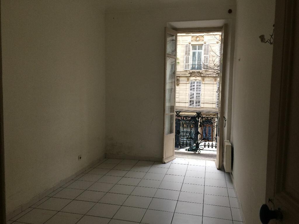 Appartement à louer 2 40.72m2 à Nice vignette-4