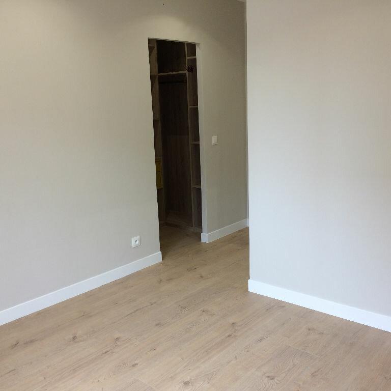 Appartement à louer 3 72.12m2 à Nice vignette-8