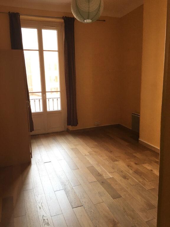 Appartement à louer 3 55.16m2 à Nice vignette-3