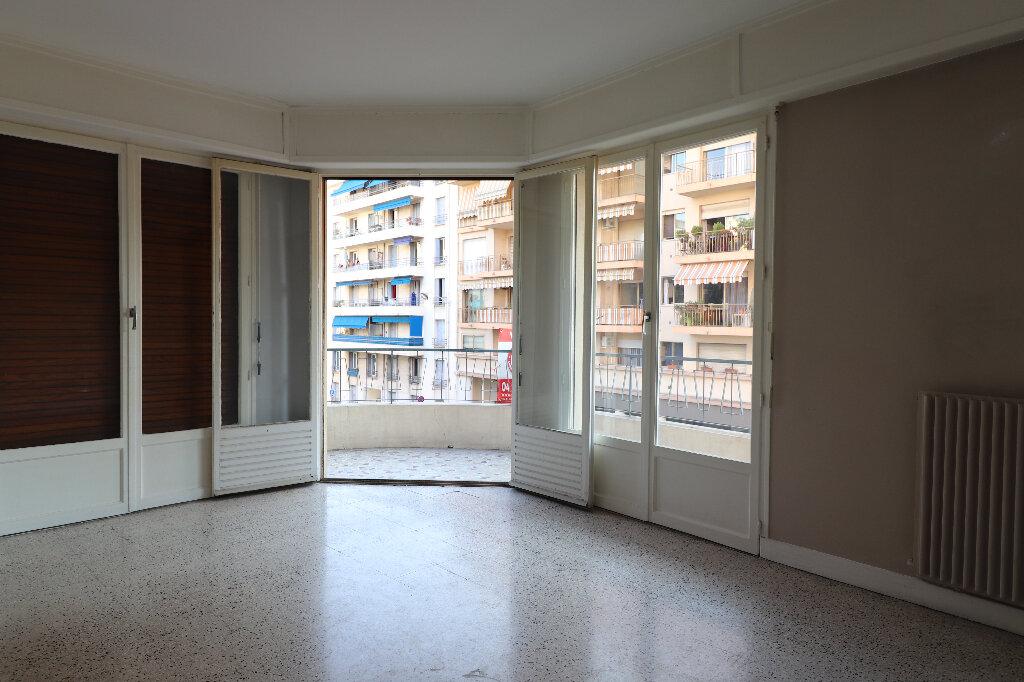 Appartement à vendre 3 60.53m2 à Nice vignette-3